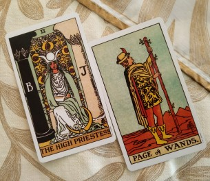 tarot   reading, raider waite tarot, daily tarot, june 2019 tarot, high priestess tarot card meaning, 3 of cups, three of cups