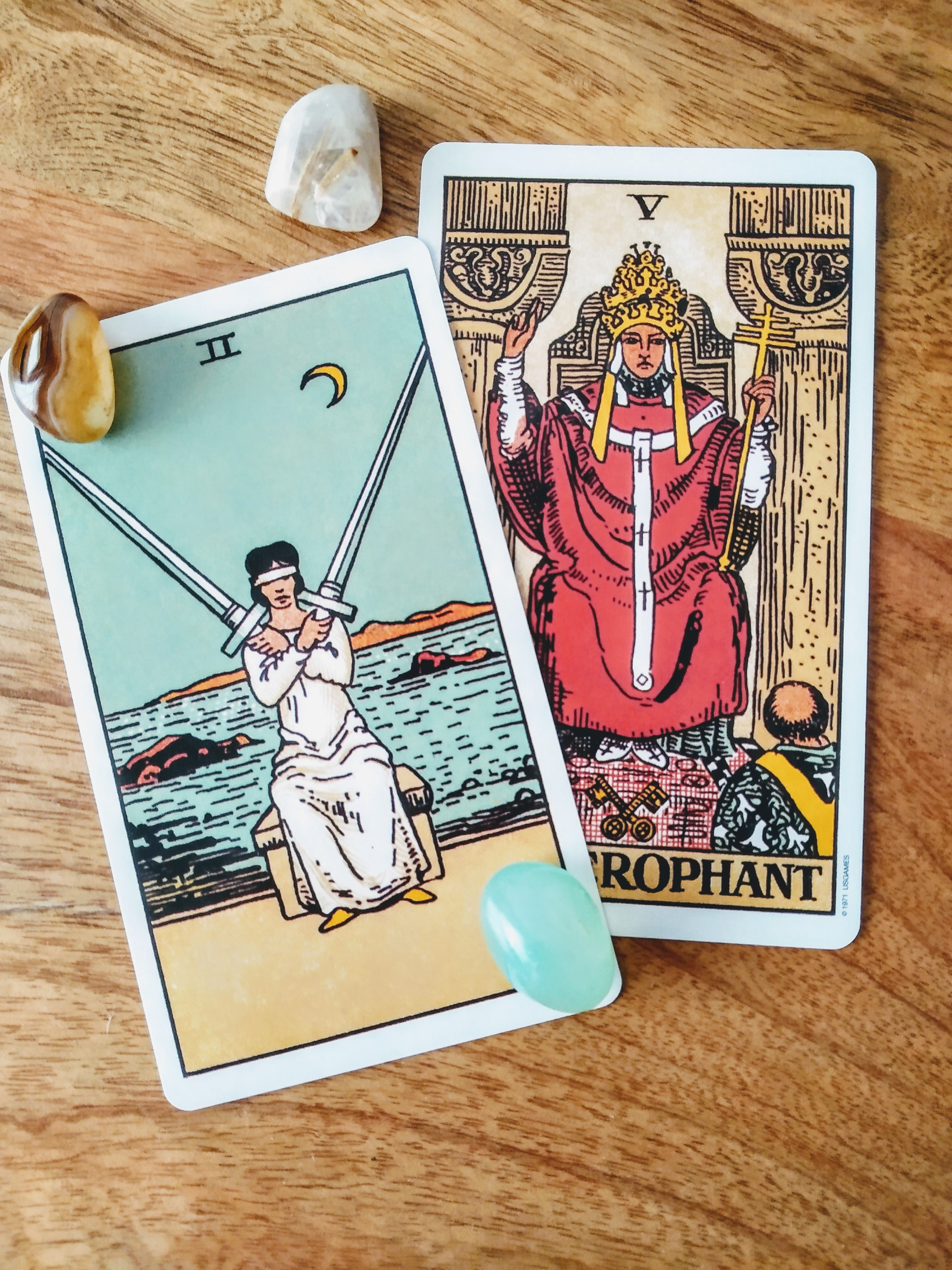 two of swords tarot, the heirophant